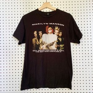 Tops - Marilyn Manson tour shirt band tee graphic